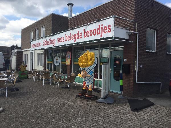 Cafetaria in toeristisch gebied ten Noorden van Venlo - Limburg