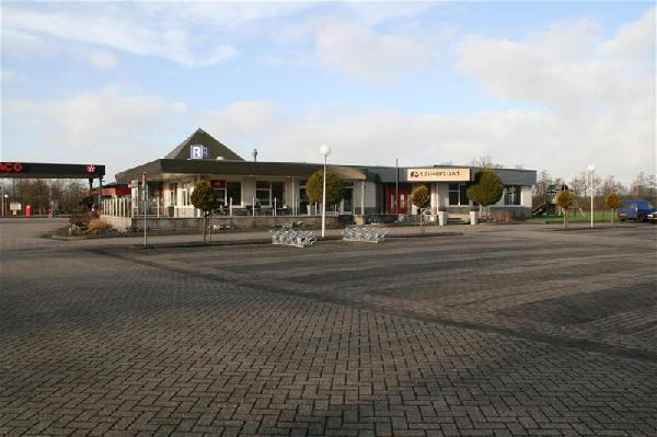 Oudwoude cafe-restaurant-partycentrum NO Friesland