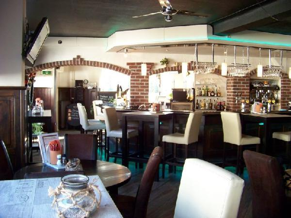 Restaurant met B&B en bovenwoning in Baarlo foto 3