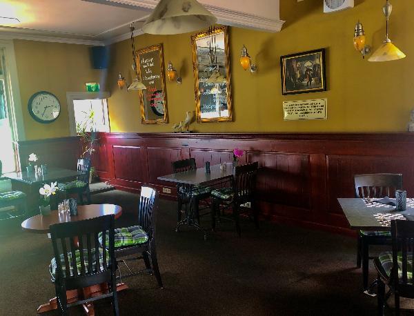 Te pacht Hotel Cafe restaurant 't Wapen van Nieuw- Beijerland foto 7