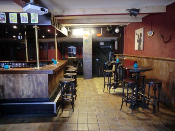 Nieuw Surhuisterveen VERHUURD tegen zeer aantrekkelijke voorwaarden te huur muziekcafe foto 5
