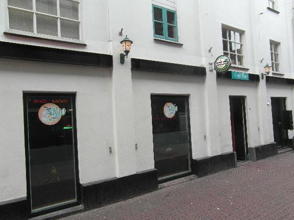 Nacht-Feest-Muziek Café in hartje uitgaanscentrum  foto 6