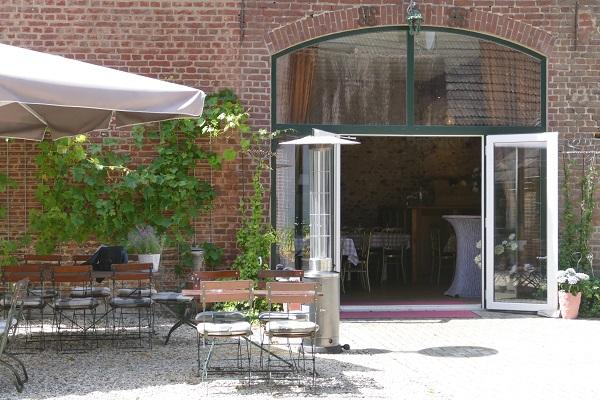 Partyhof/Restaurant net over de grens bij Roermond foto 5