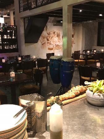 Italiaans Restaurant in het bruisende centrum van Renesse. foto 8