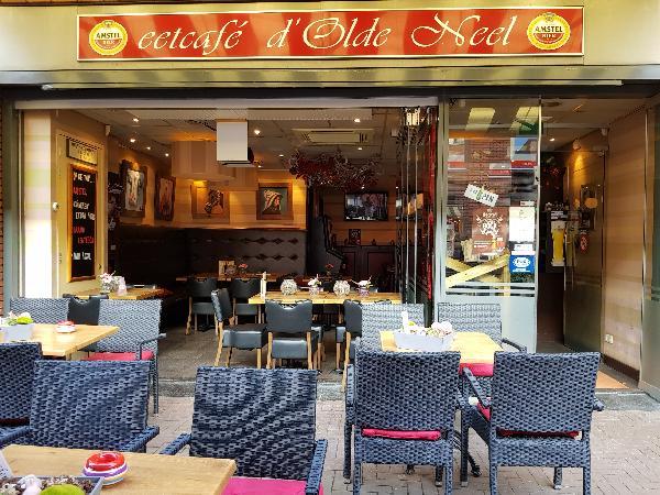 Cafetaria Eetcafé op super doorloop locatie in winkelcentrum met veel passanten  foto 9