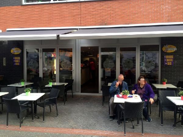 Cafetaria te koop met hoge omzet in uitgaanscentrum Eindhoven foto 2