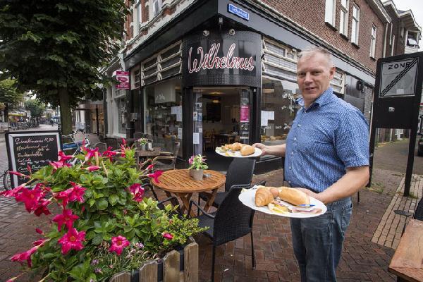 Eetcafé met Terras en Bezorgservice - Catering € 20.000,00 foto 2