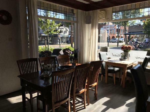 Hotel blijft open met ontbijt mogelijkheid !! Reserveer gerust  foto 12