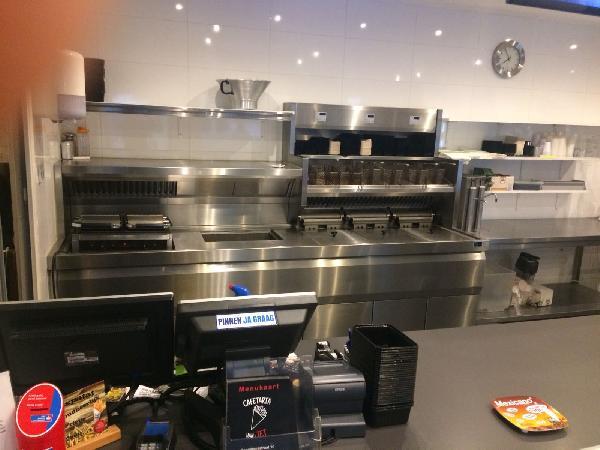 Leeuwarden goed lopende cafetaria te koop inclusief pand VERKOCHT foto 5