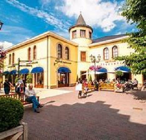 Ter overname zeer goed lopend hotel met restaurant foto 3