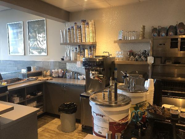 Te koop Cafetaria ''de Diekmeester'' in Middelharnis Z-H foto 5