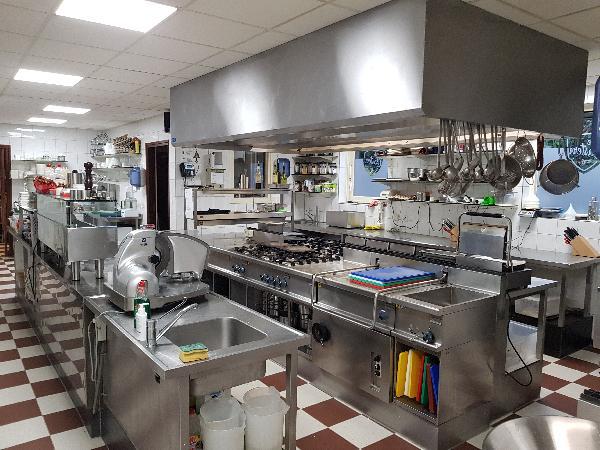 Top horeca op prachtige locatie restaurant zaal grote bovenwoning groot terras op 8.000 m²  foto 1
