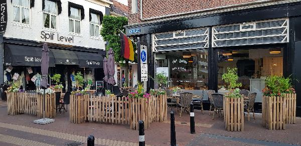 Unieke Koffie & Eethuis op mooie hoeklocatie in de Hoofdstraat t.o. het Theaterhotel Almelo  foto 11