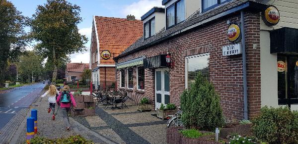 Eetcafé Cafetaria Zaal Terras (Vastgoed Huur of Koop) ca 900m² foto 2