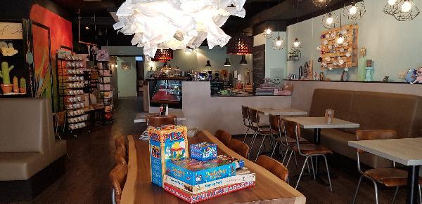 Lunchroom & Kado-concept winkel Dagzaak met terras in leukste winkelstraat van Ommen foto 8