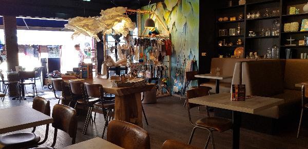 Lunchroom & Kado-concept winkel Dagzaak met terras in leukste winkelstraat van Ommen foto 27