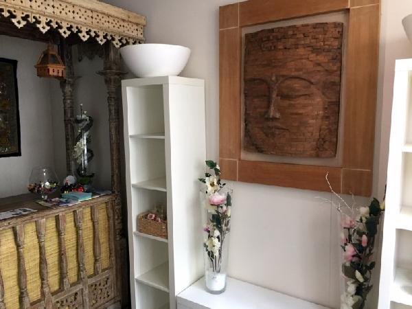 Massage/ beautysalon ter overname aangeboden in Den Bosch foto 4