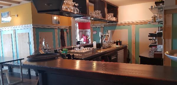 Cafe / Restaurant / Terras aan vaarwater Giethoorn foto 20