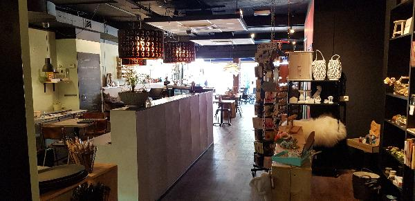 Lunchroom & Kado-concept winkel Dagzaak met terras in leukste winkelstraat van Ommen foto 15