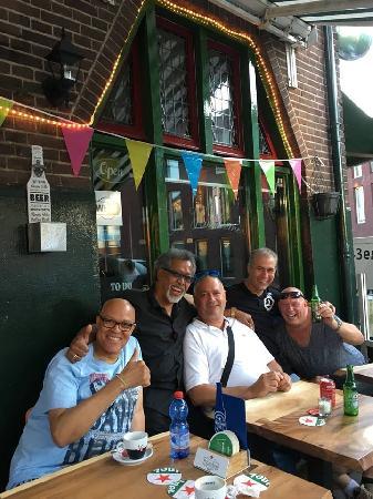 Eetcafé op driesprong aan doorgaande weg vanuit het centrum Deventer foto 25