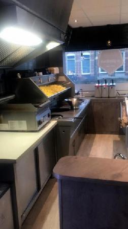 Cafetaria te koop in centrum Bergen op Zoom foto 5