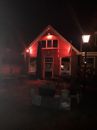 Vries Drenthe nieuw restaurant ter overname met bovenwoning foto 4