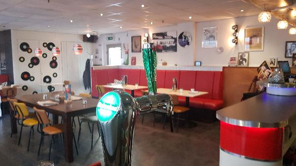 Lunch & Dinnercafé met afhaal & bezorg functie  in modern overdekt winkelcentrum in het bruisende hart van Hoogeveen foto 16