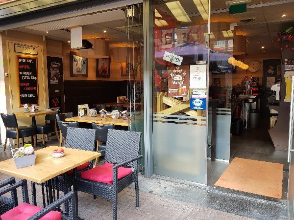 Cafetaria Eetcafé op super doorloop locatie in winkelcentrum met veel passanten  foto 17
