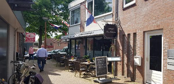 Veurne good bot geete vot! Gezellig bruin Eetcafé Tubbig foto 2