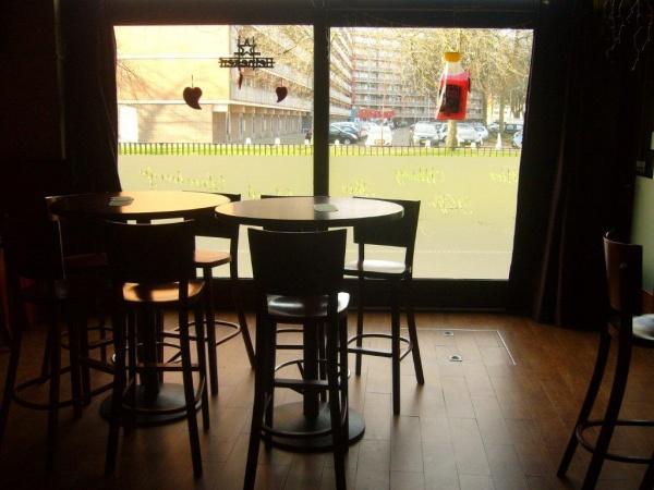 Cafetaria / Eetcafé ter overname aangeboden te Zoetermeer foto 7
