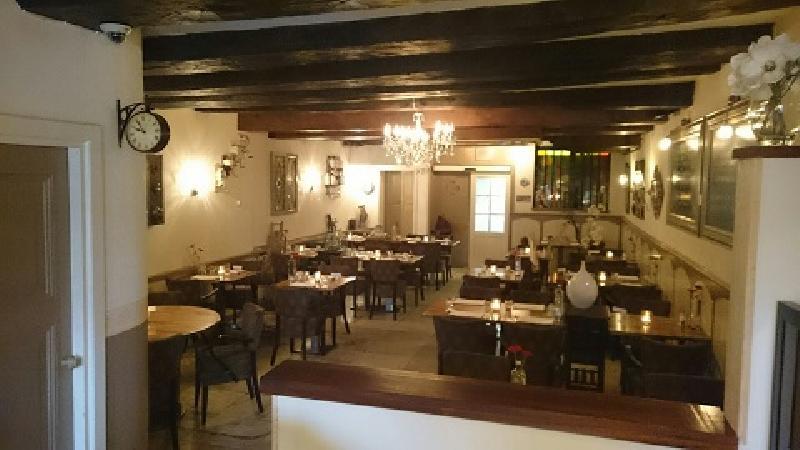 Sfeervol restaurant in monumentaal pand. foto 3