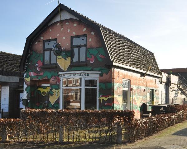 Te koop, goed Gezellig bekend staand Burgerbar-Restaurant met ruim terras in Barneveld