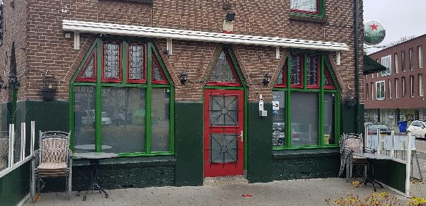 Eetcafé op driesprong aan doorgaande weg vanuit het centrum Deventer foto 23