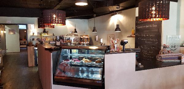 Lunchroom & Kado-concept winkel Dagzaak met terras in leukste winkelstraat van Ommen foto 11