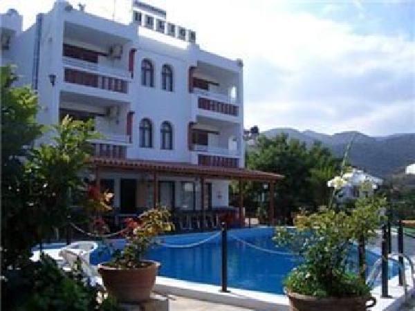 Mooi kleinschalig toeristisch hotel ter overname in Agios Nikolaos foto 7