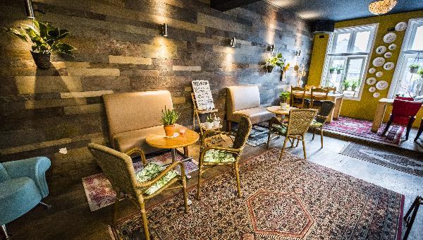 Cafe op horecaplein van Roermond foto 5