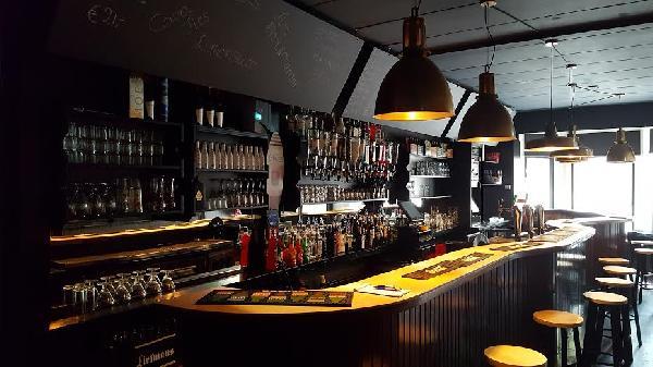 Café voor € 950,- huur op zeer goede locatie in Terneuzen. foto 3