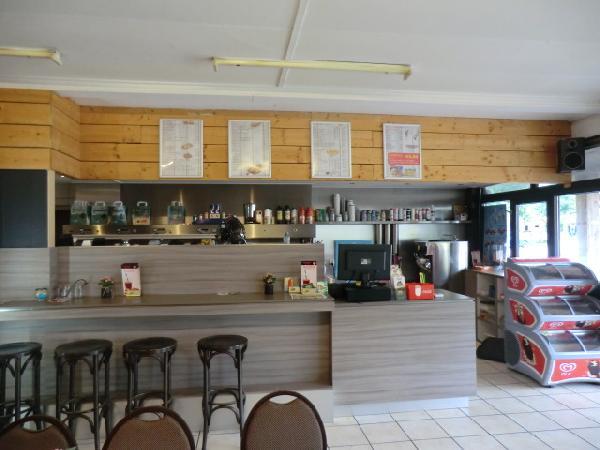 Cafetaria met woning te huur NIEUW foto 6