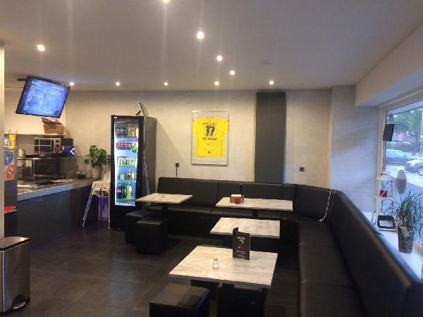 Leeuwarden goed lopende cafetaria te koop inclusief pand VERKOCHT foto 3
