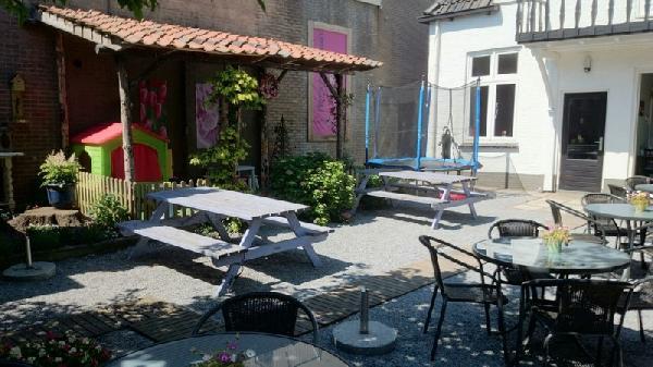 Pannenkoekenhuis in centrum Barneveld foto 5