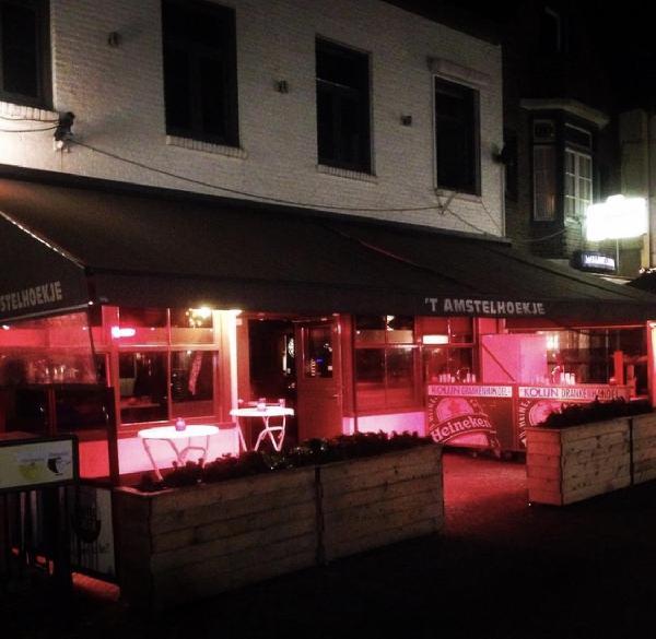 Café in het centrum van Axel met goede omzet in beperkte openingsuren! foto 2