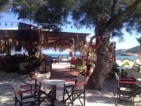 Ter overname op Kreta: de beste bar in Almyrida (meer foto's in de brochure). foto 5