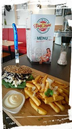 Lunch & Dinnercafé met afhaal & bezorg functie  in modern overdekt winkelcentrum in het bruisende hart van Hoogeveen foto 29