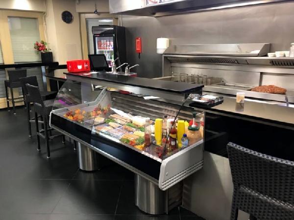 Cafetaria op een hoeklocatie te koop in Eindhoven foto 5