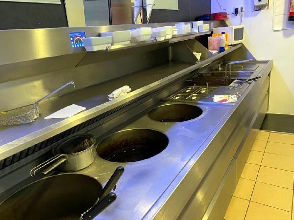 Cafetaria met bovenwoning te koop in Helmond foto 6