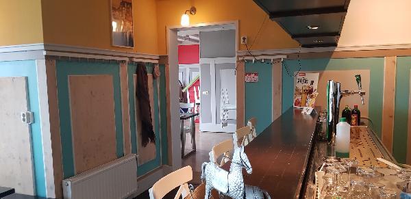 Cafe / Restaurant / Terras aan vaarwater Giethoorn foto 24