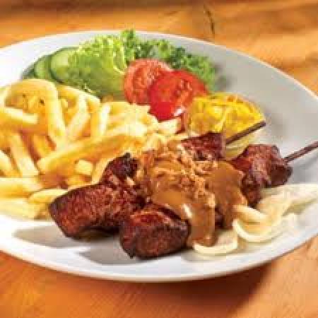 Cafetaria/lunchroom/restaurant Friesland te koop pand plus bedrijf