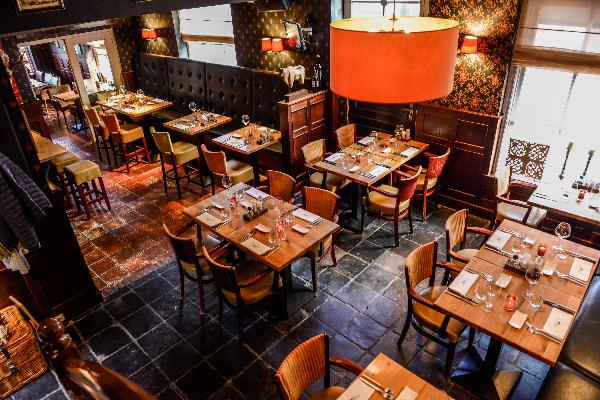 Sfeervol gerenommeerd restaurant in rijksmonument ter overname.  foto 2