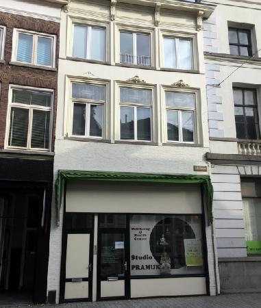 Massage/ beautysalon ter overname aangeboden in Den Bosch foto 1