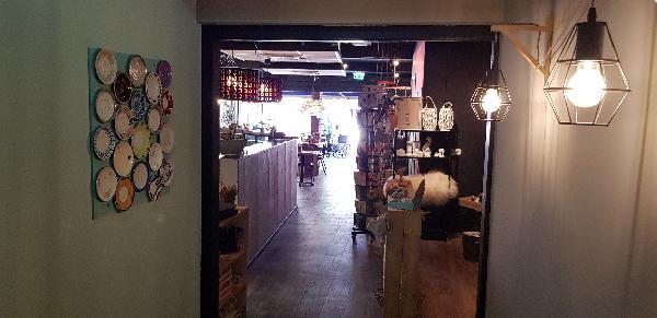 Lunchroom & Kado-concept winkel Dagzaak met terras in leukste winkelstraat van Ommen foto 24